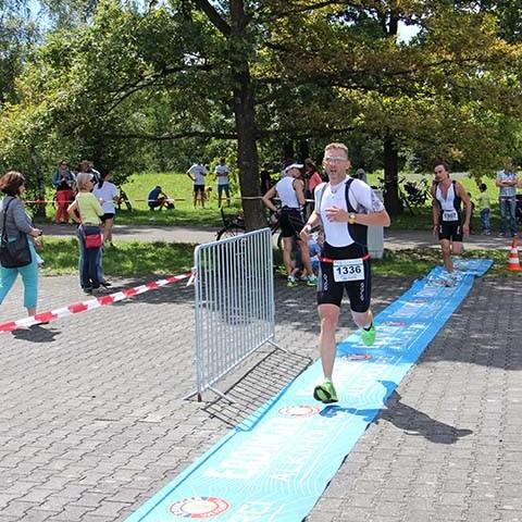 3MUC Triathlon München Zieleinlauf